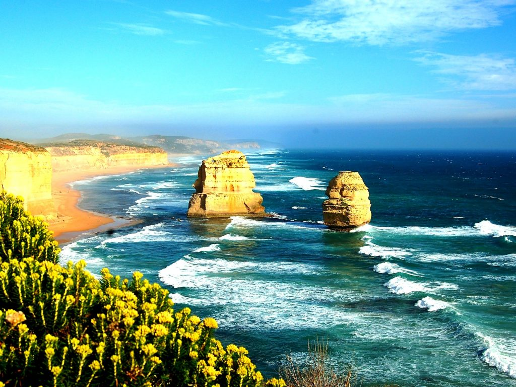 Australia New Zealand Holidays Package from India . Magnificent Sydney Tower. Famous Gold Coast. Fun-filled Show Boat Cruise. Shopping at Darling Harbor